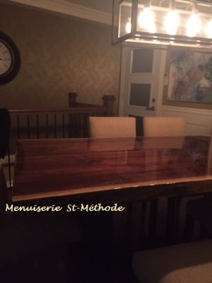 table en noyer epoxy