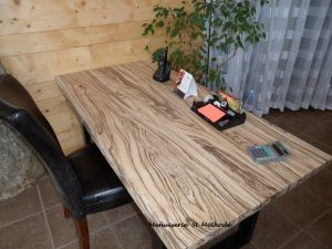 table en bois zebrawood